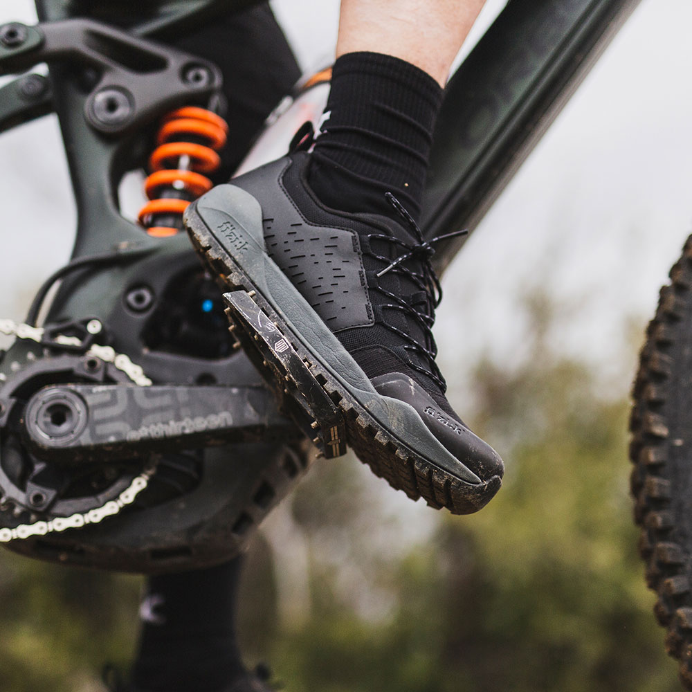 all-terrain-e-bike-cycling-shoe-terra-ergolace-x2-e-bike-fizik