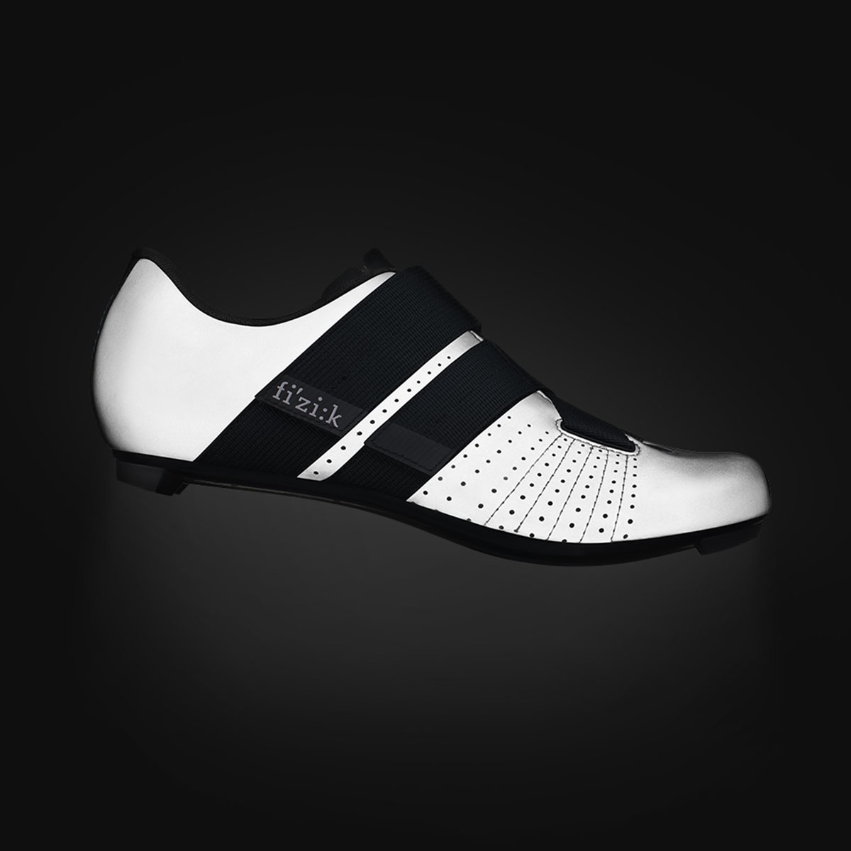 reflective-road-cycling-shoe-tempo-powerstrap-r5-fizik